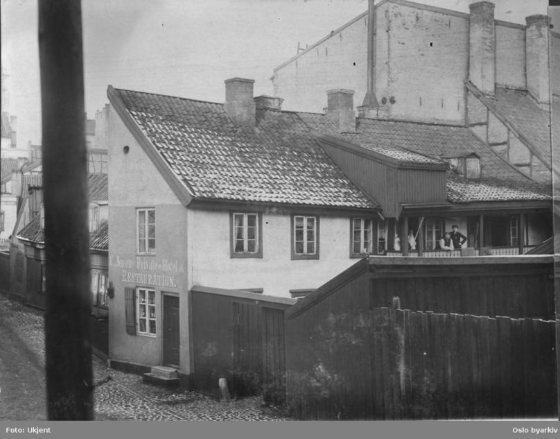 RG4 ca 1892.png