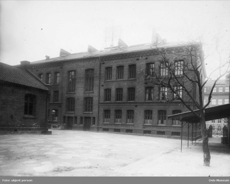 ca 1910.png